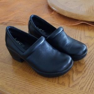Well made BOC clogs size 6